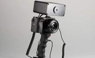 מכשיר שמחשמל אתכם כדי לצלם תמונות טובות (צילום: Peter Buczkowski)