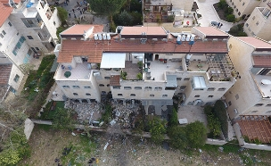 קריסת החניון בבניין בירושלים (צילום: חדשות 2)