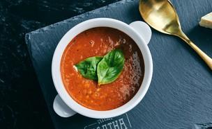 מרק עגבניות של אגתה (צילום: אמיר מנחם, אוכל טוב)
