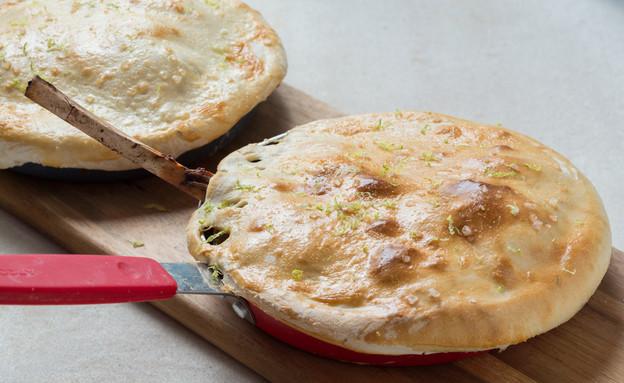 תבשיל בשר כבש ואנטריקוט מכוסה בצק (צילום: בני גם זו לטובה, מאסטר שף)
