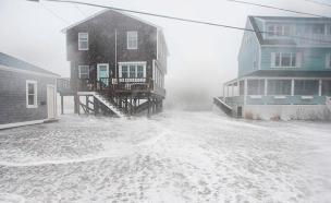 גשמים כבדים, רוחות והצפות. הסופה בחוף המז' (צילום: CNN)