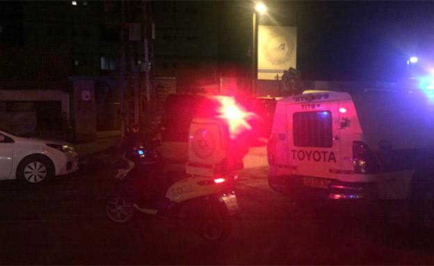 """זירת הרצח באשדוד, ארכיון (צילום: דוברות מד""""א)"""