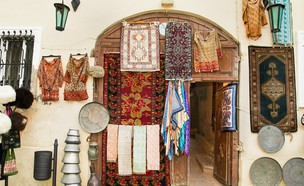 חנות מזכרות (צילום: Aleksandar Todorovic, shutterstock)