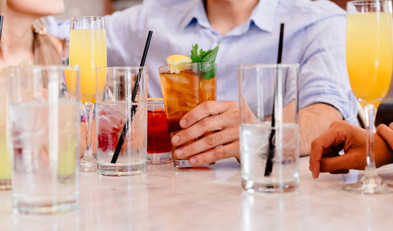 משקאות בריאות, משקאות (צילום: gabriel-gurrola-unsplash)