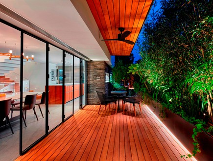בית בתל אביב, סמט אדריכלים, בריכה (צילום: שי גיל)