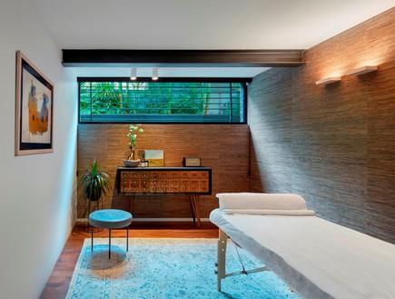 בית בתל אביב, סמט אדריכלים, חדר טיפולים (צילום: שי גיל)