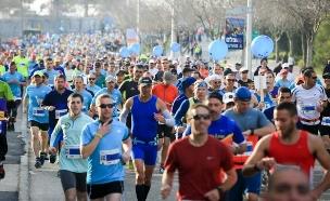 כ-30,000 משתתפים (צילום: צילום: הלל מאיר/TPS)