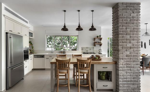 בית ברשלצ, עיצוב שלומית גליקס, מטבח (צילום: עודד סמדר)