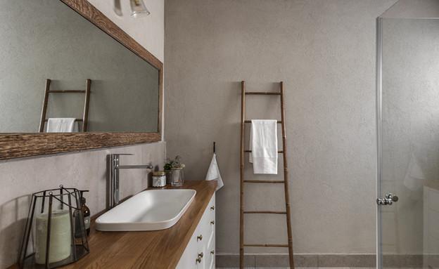 בית ברשלצ, עיצוב שלומית גליקס, חדר רחצה (צילום: עודד סמדר)