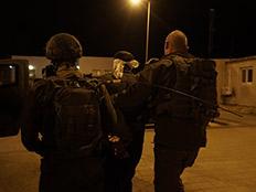 אחרי הפיגוע: מבצע מעצרים בשומרון (צילום: דובר צהל)