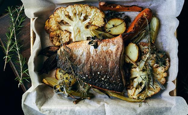 סלמון ירקות צלויים יוגב ירוס (צילום: אמיר מנחם, אוכל טוב)