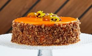 עוגת גזר עם קומפוט מנגו ומוס פסיפלורה (צילום: אמיר מנחם, אוכל טוב)