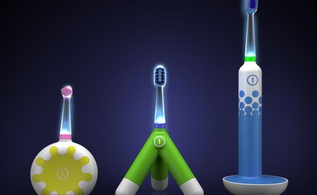 חמישייה מברשת שיניים צעצוע (צילום:  STUDIO HNSDGR)