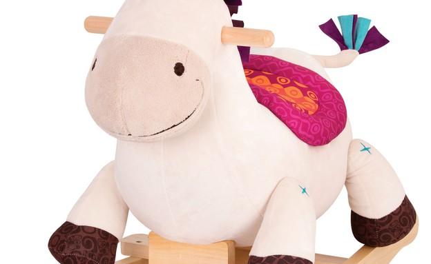 """שילב משיקה לפסח מתנה לחג חד קרן זברה סוס נדנדה – בטאט ב- 269.90 (צילום: יח""""צ שילב)"""