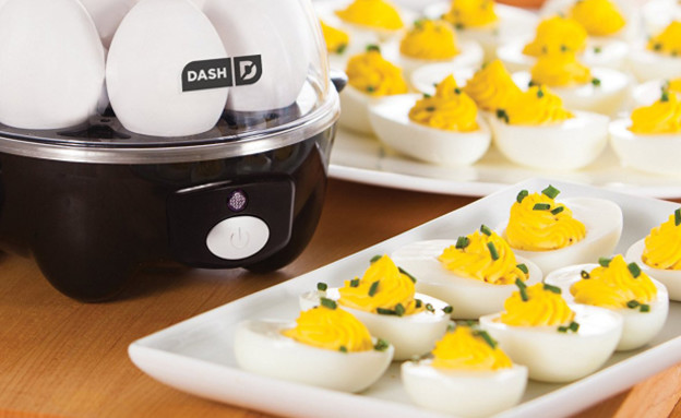חמישייה מתקן להכנת ביצים (צילום: Dash Deluxe)