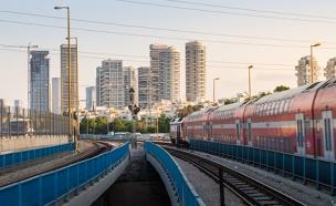 """""""נחוצה השקעה בתחבורה הציבורית"""" (צילום: Lev Tsimbler, 123RF)"""