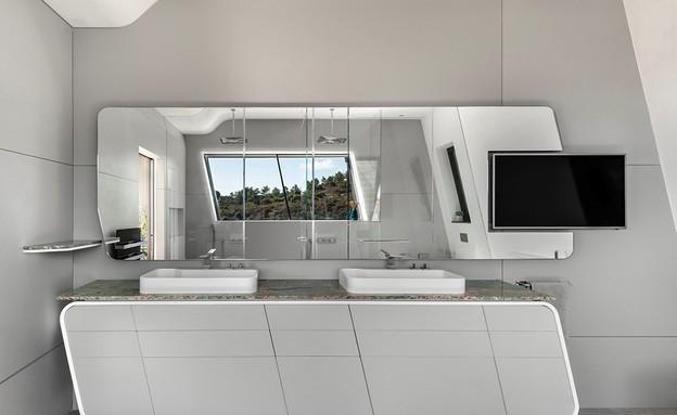 בית בצפון, תכנון אריאל פרנקו, חדר רחצה (צילום: עודד סמדר)