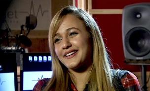 """מלכת השושנים היא הפנים של קק""""ל (צילום: חדשות 2)"""