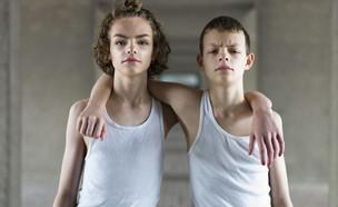 דיוק וג'ו בני ה-15 בצילום של פיטר זלבסקי (צילום:  Photo by Flash90)