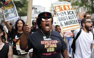 """הפגנות נגד אפליית שחורים בארה""""ב (ארכיון) (צילום: רויטרס)"""