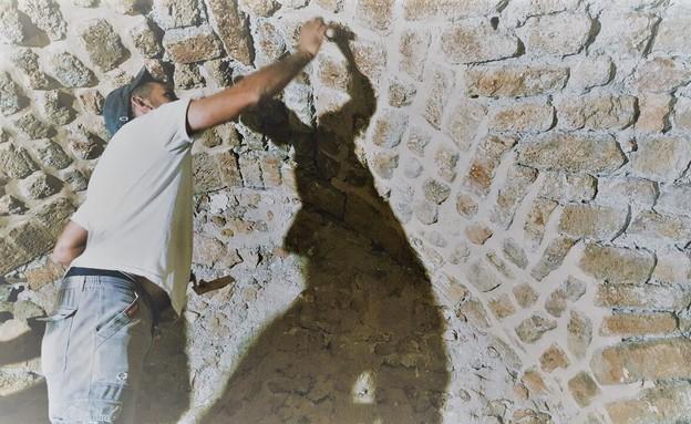 בית אבן, עיצוב מיכל מטלון, עבודה (צילום: אורית ארנון)