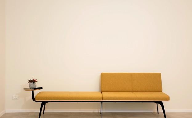 ספות, עיצוב-ענבל צלקה (צילום: גיא קרן)