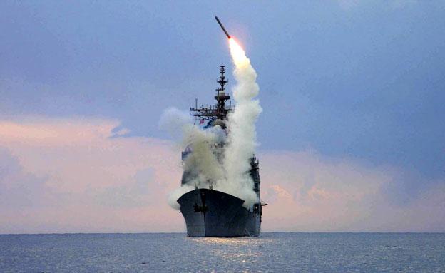 שיגור טומהוק (ארכיון) (צילום: רויטרס)