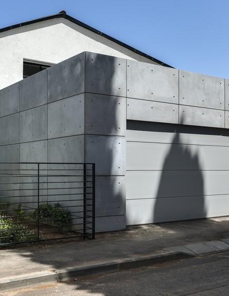 בית בשרון, עיצוב אירה שריג, חוץ (צילום: עודד סמדר)