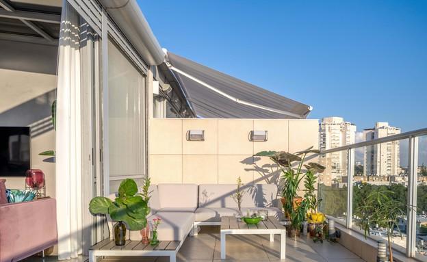 דירה בגבעתיים, עיצוב סטודיו LOROS TLV, מרפסת (צילום: יואב פלד Peled Studios)
