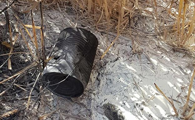 תוצאות השריפה בשדה חקלאי הסמוך לעזה