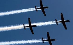 מטס חיל האוויר, ארכיו (צילום: רויטרס)