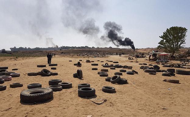המחאה על גדר הרצועה, ארכיון (צילום: ח'אלד אל-עזאייזה (בצלם))