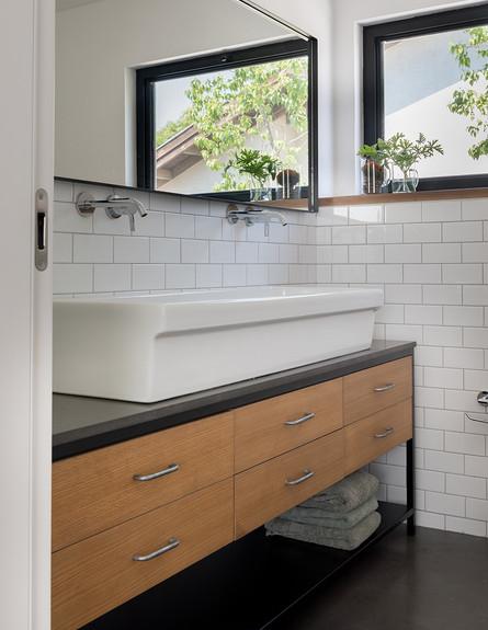 בית ברמת השרון, ג, עיצוב עילית גרינברג, חדר רחצה - 15 (צילום: גלית דויטש)