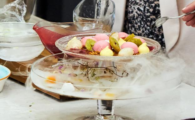 קינוח ליצ'י, פיסטוק ופטל (צילום: אמיר מנחם, אוכל טוב)