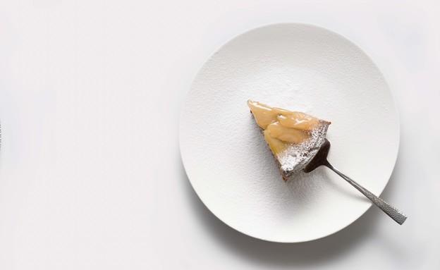 עוגת פרג, תפוזים ותפוחים ללא גלוטן (צילום: אנטולי מיכאלו)