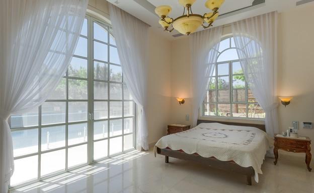 וילה בשרון, עיצוב ורד ומוטי מלכה, חדר שינה (צילום: פ.א כוכב)