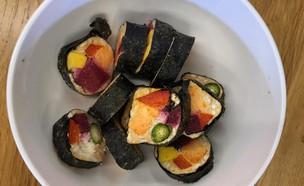 חטיף סושי בהקפאה יבשה (צילום: ריטה גולדשטיין, אוכל טוב)