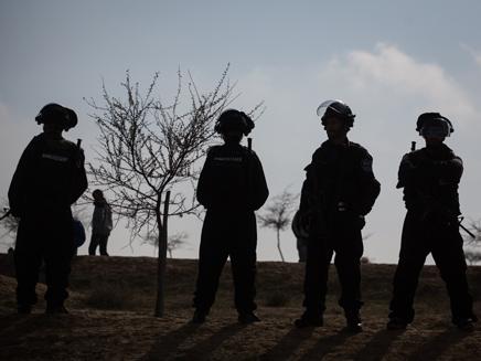 כוחות ביטחון באום אל חירן, ארכיון