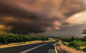 התחזית: התחממות אך חשש לשיטפונות (צילום: עידן סלם)