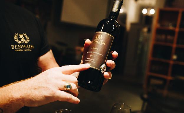 יין לא מזדקן. הוא צובר נעורים בבקבוק (צילום: יקב בן חיים )
