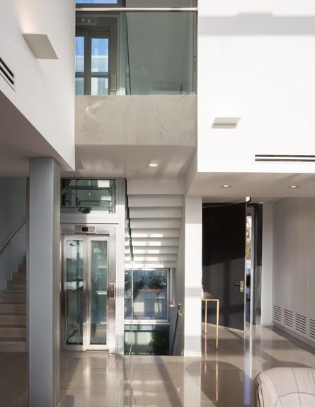 בית באשדוד, ג, זהבי ד.א. אדריכלים, מדרגות (22) (צילום: שי אפשטיין)