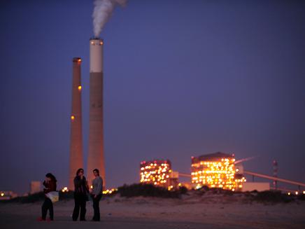 תחנת הכוח באשקלון (צילום: רויטרס)