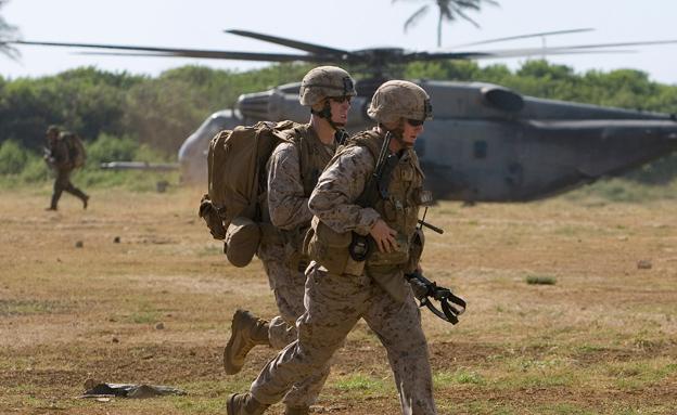 חיילי מארינס (ארכיון) (צילום: רויטרס)