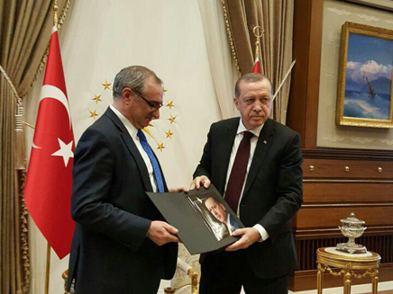 השגריר בטורקיה עם ארדואן בימים טובים יות