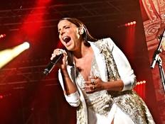 נסרין קדרי הוכיחה שאין בישראל עוד זמרת כמוה