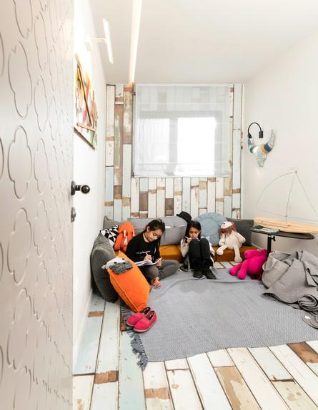 בית במכולה, ג, תורג'י אדריכלות ועיצוב פנים, חדר ילדים (13)