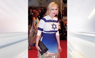 השמלה של אקיארט (צילום: מתוך עמוד האינסטגרם של מוניקה השחקנית מוניקה אקיארט)