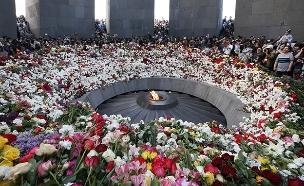 אנדרטה לזכר שואת הארמנים (צילום: רויטרס)