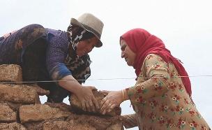 כפר שלם שכולו נשים אלמנות. צפו (צילום: ENEX)