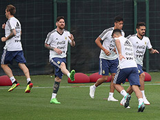 ליאו מסי ונבחרת ארגנטינה - נחתו בישראל